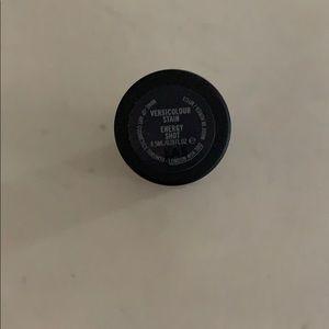 Mac versicolor stain in energy shot